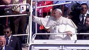 استقبال حافل وأغان للبابا فرانسيس في عمّان