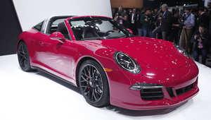 بورشيه 911 تارغا جي تي اس GTS