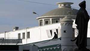 إطلاق سراح السجناء السياسيين بالجزائر.. القوانين حاضرة والتطبيق مؤجل