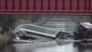 مقتل 10 فرنسيين وإصابة أكثر من 30 بعد سقوط قطار فائق للسرعة