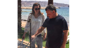 """ملكة الأردن تنشر صورة مع الملك في رحلة """"هش ونش"""" .. ومغردون: ليش ما عزمتونا؟"""