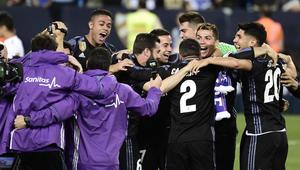 هكذا احتفل نجوم ريال مدريد بالتتويج بعد موقعة ملقا في الأندلس