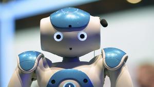 هل باتت الروبوتات تهدد مستقبل البشر المهني؟