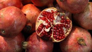الرمان.. فاكهة محاربة الشيخوخة