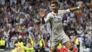 """""""الصاروخ"""" رونالدو يقصف أتلتيكو مدريد بثلاثية تاريخية ويقرب ريال مدريد من النهائي"""
