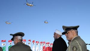 """بالفيديو: إيران تستعرض منظومات """"S-300"""" الروسية خلال موكب """"يوم الجيش الوطني"""".. وروحاني: لا نستهدف جيراننا"""