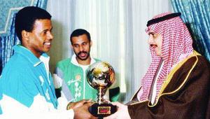 من العويران إلى الحضري.. نجوم عرب تألقوا في كأس القارات عبر التاريخ
