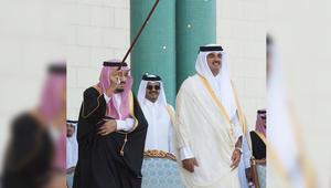 """مغردون يتفاعلون مع مشاركة الملك سلمان في """"العرضة"""": """"يا بعد قلبي يا أبو فهد"""""""
