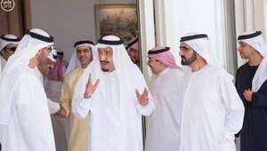 الملك السعودي يستقبل حاكم إمارة دبي في طنجة