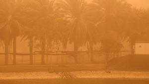 عاصفة رملية قوية تضرب مدينة دبي