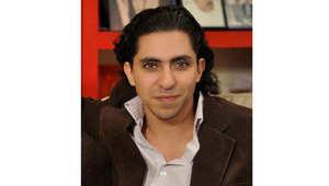 """انتقادات حقوقية للحكم بسجن وجلد """"المدون"""" رائف بدوي تثير غضباً في السعودية"""