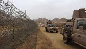 قتيل و4 جرحى في قصف من الأراضي اليمنية استهدف مدرسة ومبنى سكني بنجران
