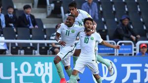 البخاري واليامي يقودان السعودية لتجاوز الإكوادور بكأس العالم للشباب