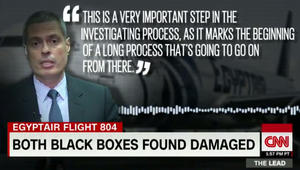 انتشال الصندوقين الأسودين للطائرة المصرية.. نائب رئيس الشركة لـCNN: خطوة مهمة.. وخبير: هذا ما سيبينانه