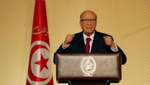 الرئيس التونسي يعطي أوامره للجيش بحماية منشآت الثروات الطبيعية