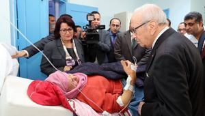 مقتل خمسة وجرح 52 بينهم أطفال في حادث تصادم قطار وحافلة ركاب بتونس