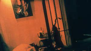في أمريكا وأغرب من الأفلام... زوجان ساديان يستعبدان امرأة داخل قفص كلاب ومعركة حرّرتها
