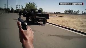 شاهد لحظة قتل الشرطة لمشتبه به غير مسلح