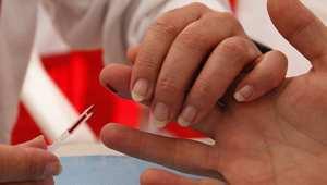 """إشاعة حول عصابة تنشر الإيدز تحت غطاء فحص """"السكري"""" تخلق جدلًا في المغرب"""