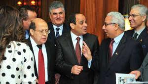 """السيسي """"في ملعب"""" صباحي مستقبلا """"رموز الاشتراكية"""" ونجل عبدالناصر"""
