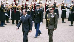 """ما حقيقة شائعة """"هروب"""" السيسي؟.. ولماذا أعادت فرنسا قطعتين أثريتين مسروقتين إلى مصر؟"""
