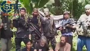 """بعد تهديد جماعة """"أبو سياف"""" بقطع رأس 3 منهم كندي.. ترودو يرجح مقتل الرهينة الكندي في الفلبين"""