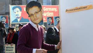 """روسيا تمدد إقامة """"مسرب المعلومات"""" الأمريكي إدوارد سنودن لـ3 سنوات"""