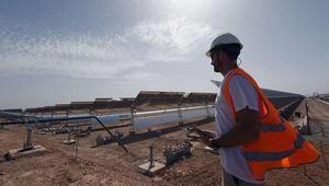 هل تقتفي الجزائر أثر المغرب وتستغل صحراءها في إنتاج الطاقة الشمسية؟