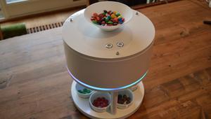 هل تفضل لوناً معيناً من الحلوى؟ سيعجبك هذا الجهاز!