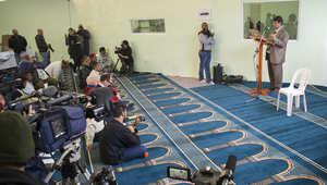 """افتتاح """"مسجد"""" يقبل المثليين وجميع الديانات وإمامة المرأة في جنوب إفريقيا وجزائري يتظاهر ضده"""