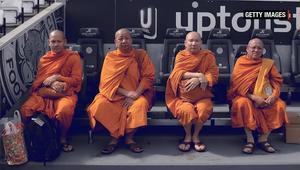 بالفيديو: ما سر نجاح نادي ليستر سيتي الانجليزي؟ هل هم رهبان من تايلاند