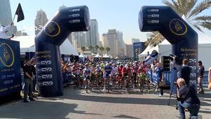 جولة دبي العالمية للدراجات تبرز معالم الإمارات السياحية