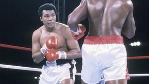 """أفريقيا تنعى """"الملاكم الأعظم"""" محمد علي كلاي بعد حياة مليئة بالإنجازات"""