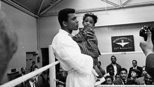 الملاكم المحترف ديفيد هاي: محمد علي كان عظيماً جداً لأن يكون بهذا التواضع