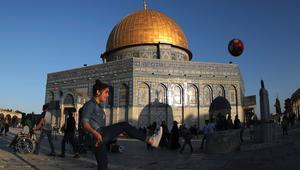 من هنا تبدأ أحلام أطفال فلسطين بممارسة كرة القدم