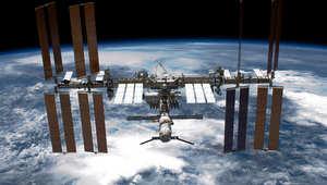 محطة الفضاء الدولية في مدارها