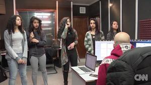 شروق.. فتيات فلسطينيات تكافحن على أنغام الراب