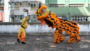 شاهد هذه الرقصة الصينية المخصصة لجلب الحظ السعيد