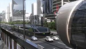 """هل هذه الحافلة """"الآكلة"""" للسيارات هي حل الازدحام المروري؟"""