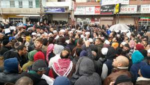 """""""حصار مضايا"""".. العريفي ينشر صورا لاعتصام علماء المسلمين بلبنان.. وناصر العمر: إن لم نساعد إخواننا فإننا آثمون"""