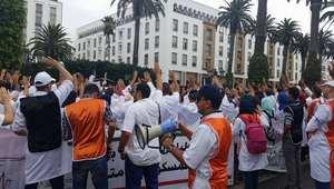 قوات الأمن تفضّ احتجاج طلبة أطباء بالرباط وتعتقل 4 منهم قبل إطلاق سراحهم