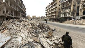 آثار الدمار في المنطقة التي زارها فريق CNN في سوريا