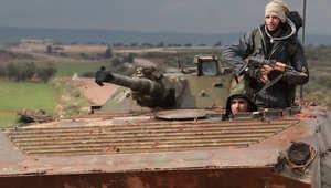 """معارضون: """"حالة هستيرية"""" تصيب قوات النظام بعد خسائر بجسر الشغور وقرب حماه وموجة مدمرة من البراميل"""