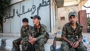 """سوريا.. الأكراد يستعيدون """"عين عيسى"""" باتجاه معقل """"داعش"""" في الرقة"""