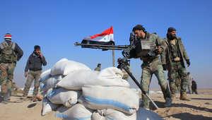 مقاتلون موالون للحكومة السورية على مشارف مدينة حلب شمال سوريا