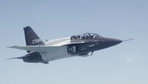 شاهد.. أول تحليق لطائرة T50A من انتاج لوكهيد مارتن
