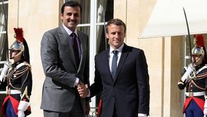 """ماكرون بعد لقاء الأمير تميم: نطالب برفع """"إجراءات الحصار"""" عن مواطني قطر"""