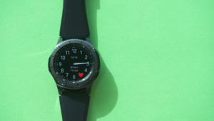 """قبل صدور ساعتها الجديدة.. إليكم ميزات """"Samsung Gear S3"""""""