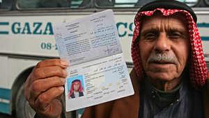 """الأردن : قلق متنامٍ بين """"أبناء غزة"""" إثر قرار يلزمهم بتصاريح للعمل"""