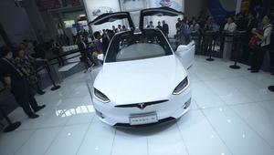 """سيارة """"Tesla Model X"""" الأكثر أماناً بين مثيلاتها"""